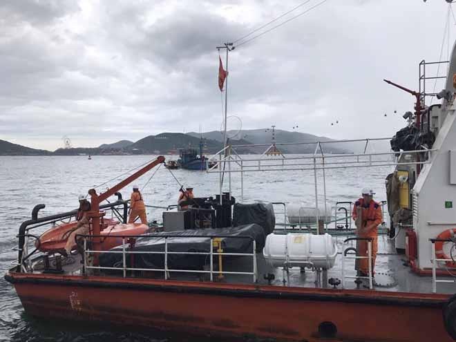 6 ngư dân gặp nạn tại khu vực biển Khánh Hòa - ảnh 3