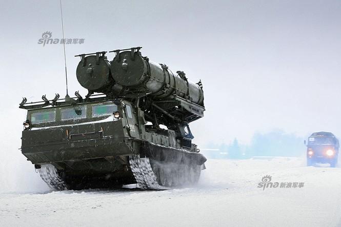 Nga di chuyển S-300VM giữa tuyết trời lạnh giá - ảnh 7