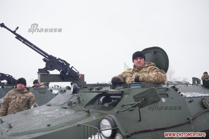 [ẢNH] Ukraine tăng cường vũ khí hạng nặng cho quân đội - ảnh 6