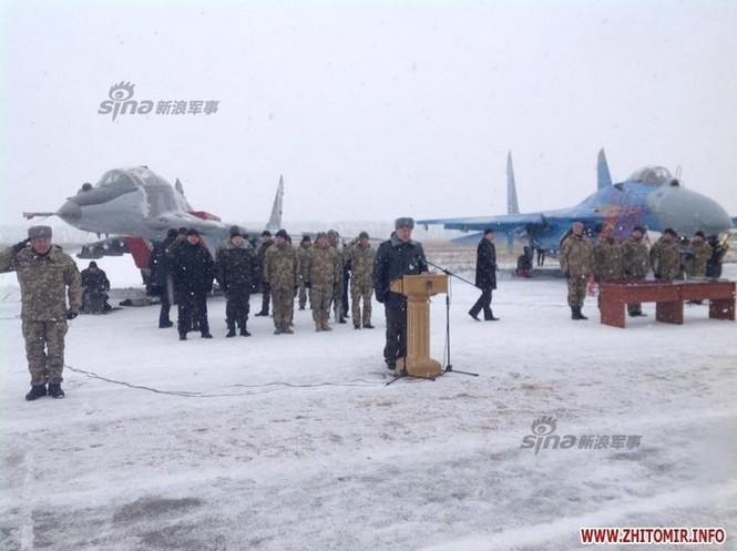 [ẢNH] Ukraine tăng cường vũ khí hạng nặng cho quân đội - ảnh 7