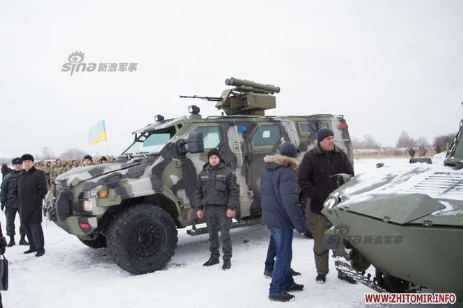 [ẢNH] Ukraine tăng cường vũ khí hạng nặng cho quân đội - ảnh 8