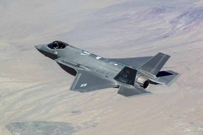 Phiền nhiễu như thử siêu chiến đấu cơ F-35 - ảnh 4