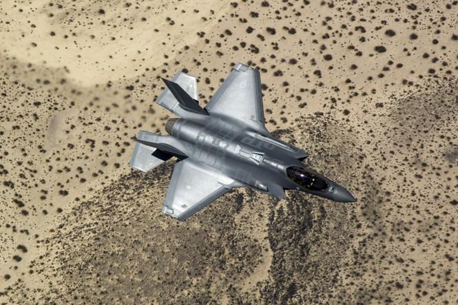 Phiền nhiễu như thử siêu chiến đấu cơ F-35 - ảnh 5