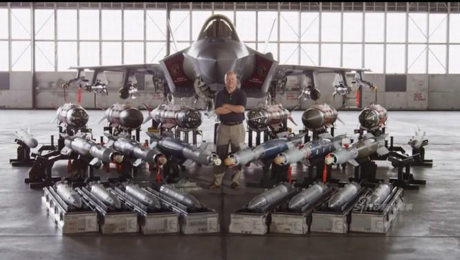 Nhìn gần cung - kiếm của siêu chiến đấu cơ F-35 - ảnh 11