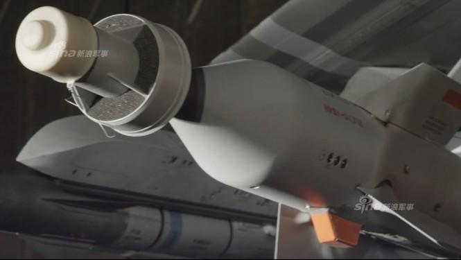 Nhìn gần cung - kiếm của siêu chiến đấu cơ F-35 - ảnh 9