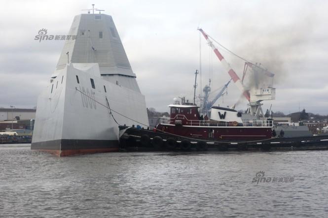 Siêu tàu khu trục tên lửa Zumwalt - ảnh 1