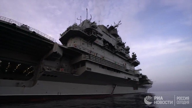 [ẢNH] Khoảnh khắc đẹp của tàu sân bay Nga tham chiến ở Syria  - ảnh 8
