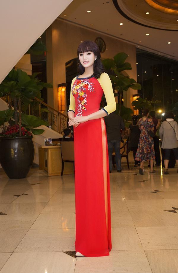 Hoa hậu Kỳ Duyên đẹp ngỡ ngàng với tóc mái ngố - ảnh 6