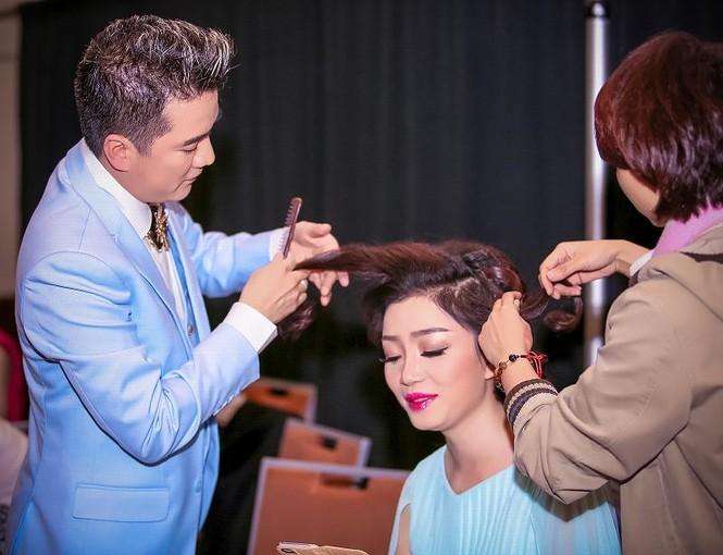 Mr. Đàm chăm sóc Phạm Thu Hà như tình nhân - ảnh 4
