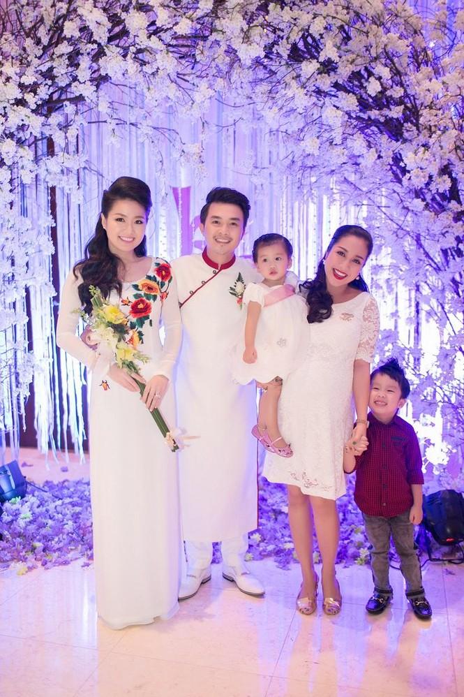 Sao Việt nhí nhảnh dự đám cưới Lê Khánh - ảnh 11