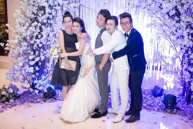 Sao Việt nhí nhảnh dự đám cưới Lê Khánh - ảnh 8