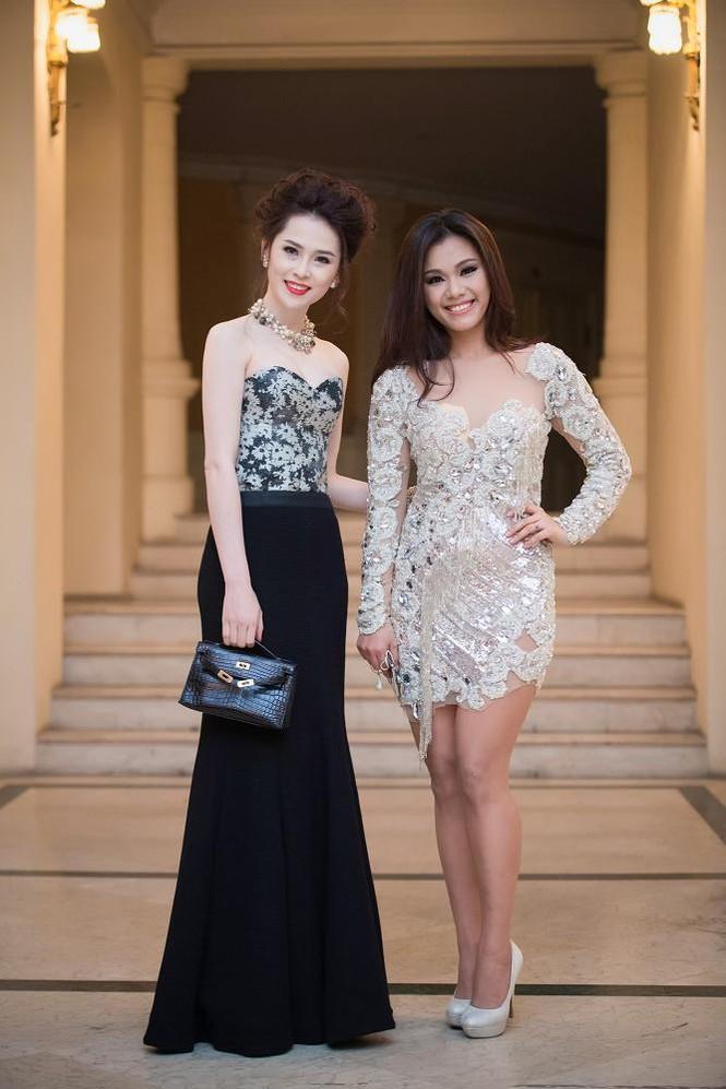 Thái Như Ngọc vai trần gợi cảm đón năm mới - ảnh 3