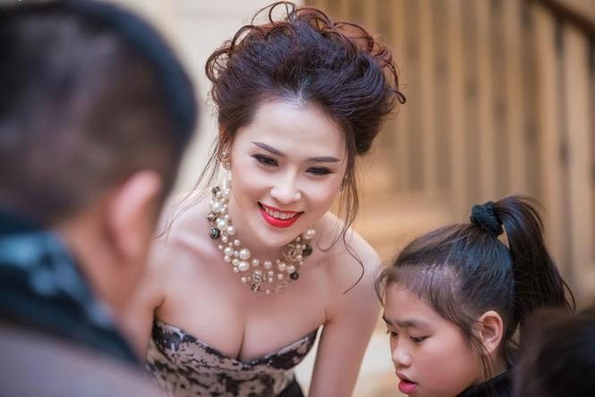 Thái Như Ngọc vai trần gợi cảm đón năm mới - ảnh 4
