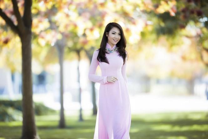 Jennifer Chung đẹp tinh khôi sáng đầu năm với áo dài - ảnh 6
