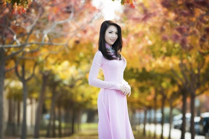Jennifer Chung đẹp tinh khôi sáng đầu năm với áo dài - ảnh 7