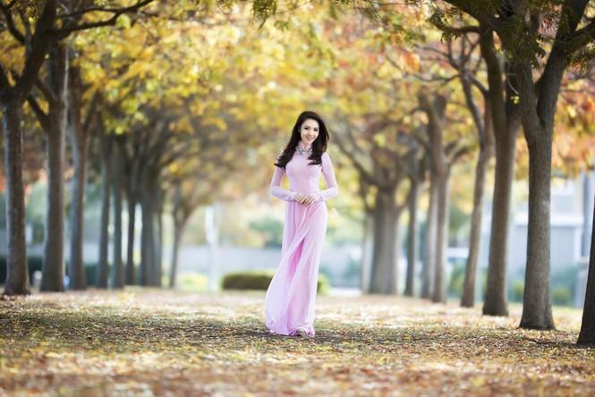 Jennifer Chung đẹp tinh khôi sáng đầu năm với áo dài - ảnh 2