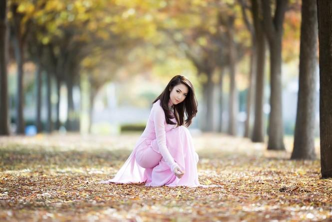 Jennifer Chung đẹp tinh khôi sáng đầu năm với áo dài - ảnh 4