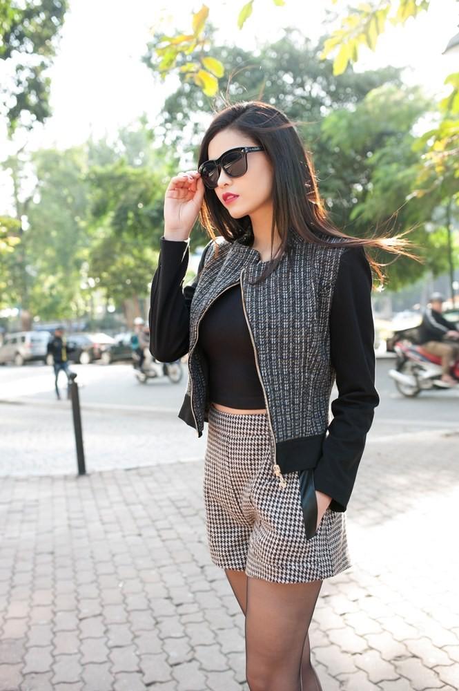 Trương Quỳnh Anh sành điệu trên đường phố Hà Nội - ảnh 4
