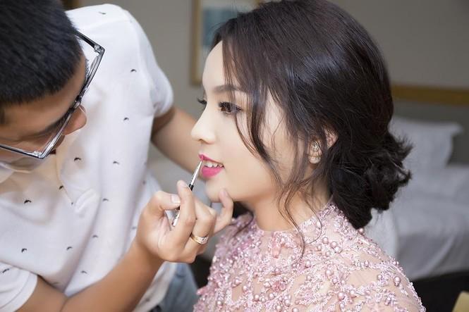 Hoa hậu Kỳ Duyên xinh đẹp đi sự kiện cùng mẹ - ảnh 11
