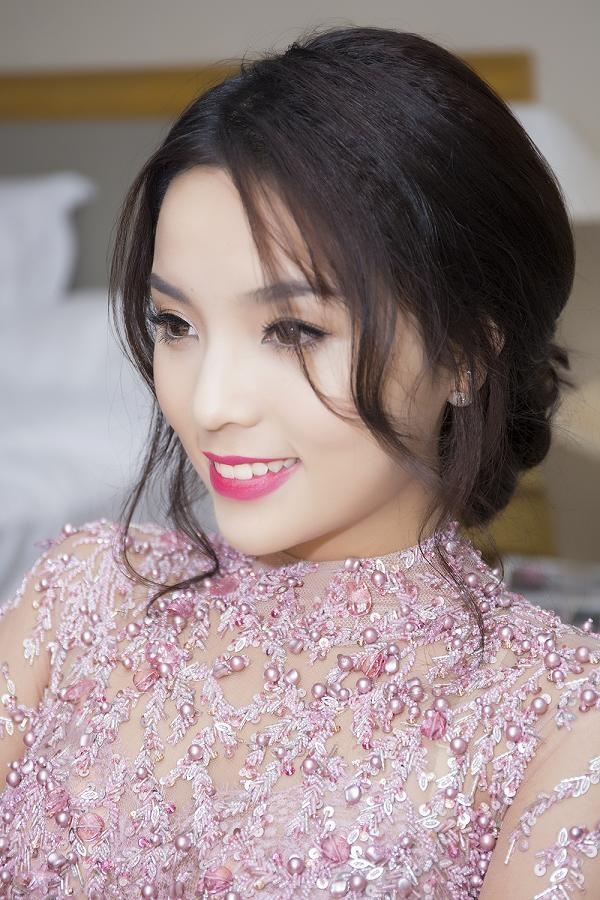 Hoa hậu Kỳ Duyên xinh đẹp đi sự kiện cùng mẹ - ảnh 7