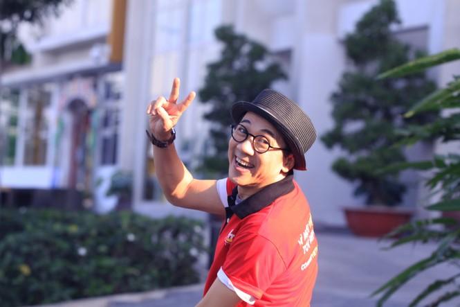 'Người tình' Tùng Hero thẹn thùng khi hát trước mặt Trương Ngọc Ánh - ảnh 7