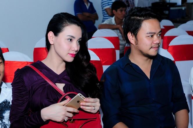 Trang Nhung 'vác' bụng bầu đi sự kiện - ảnh 5