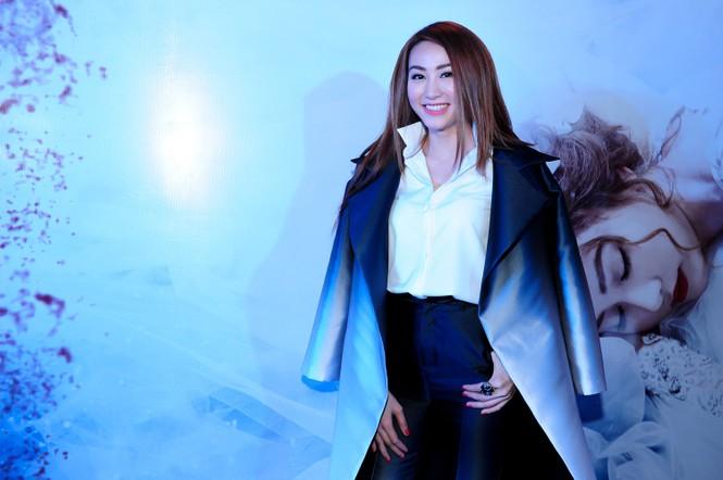 Trang Nhung 'vác' bụng bầu đi sự kiện - ảnh 2