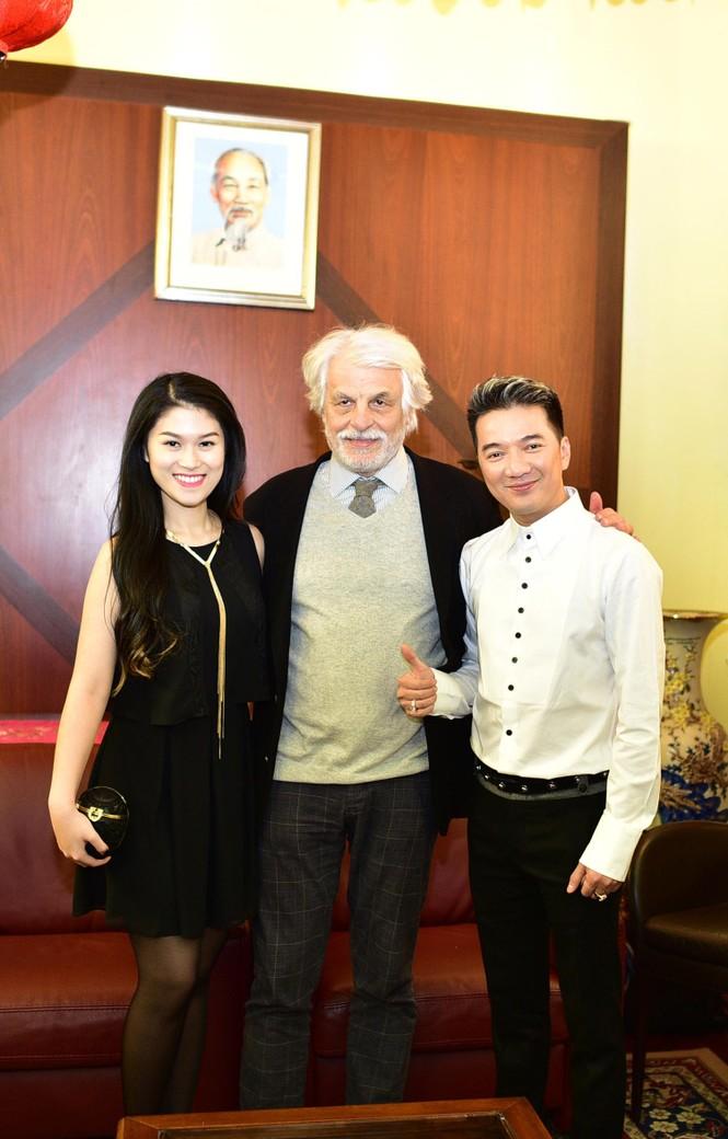 Trương Ngọc Ánh, Mr. Đàm gặp gỡ ngôi sao điện ảnh Italy - ảnh 1