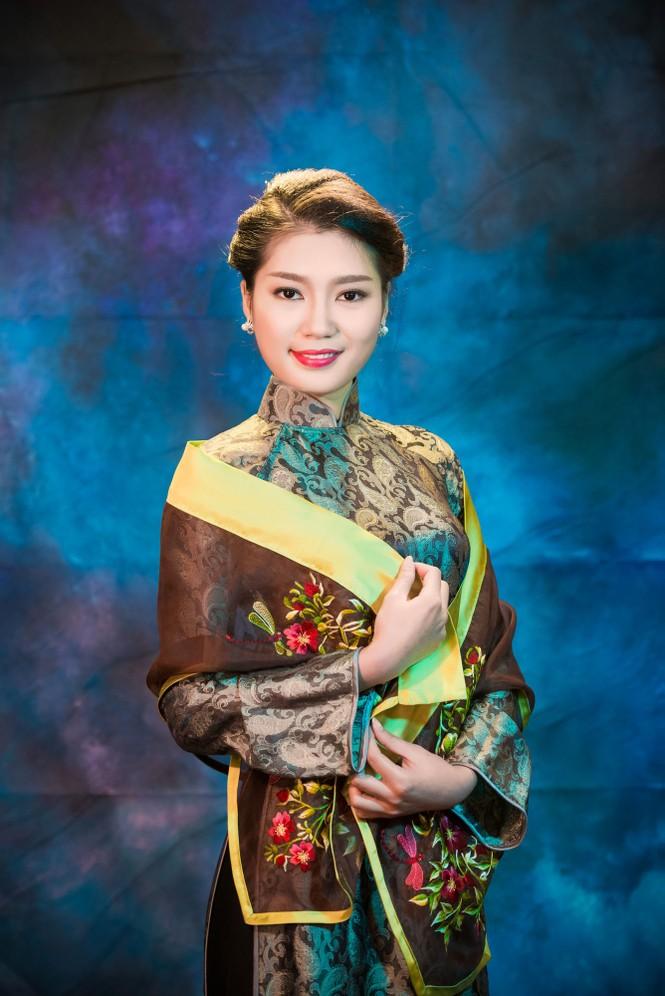 Người đẹp Thanh Tú, Kiều Anh duyên dáng với áo dài - ảnh 10