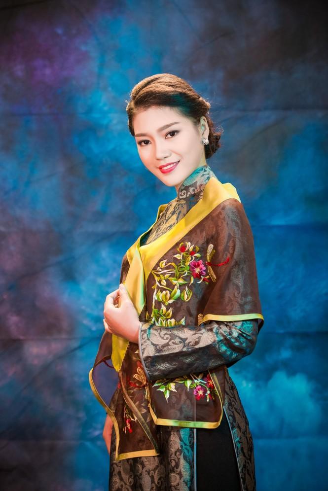 Người đẹp Thanh Tú, Kiều Anh duyên dáng với áo dài - ảnh 11