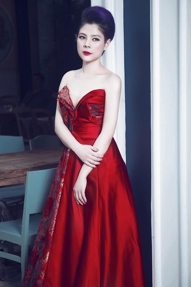 'Búp bê' Thanh Thảo 'lột xác' với phong cách kiêu sa, gợi cảm - ảnh 10