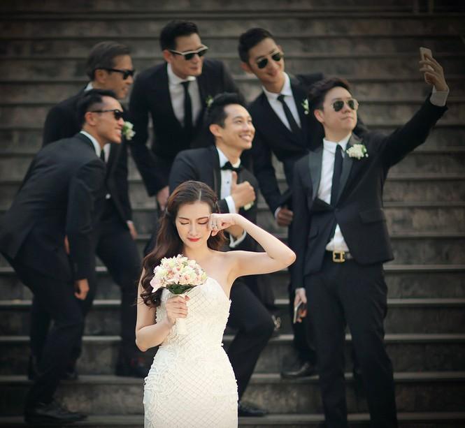 Ngắm 4 bộ váy lộng lẫy Trúc Diễm sẽ mặc trong hôn lễ - ảnh 1