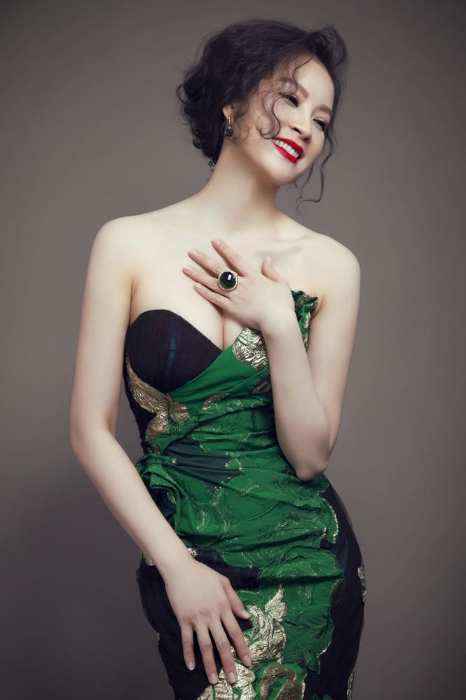 'Đứng hình' ngắm MC Thanh Mai trong bộ ảnh mới - ảnh 10