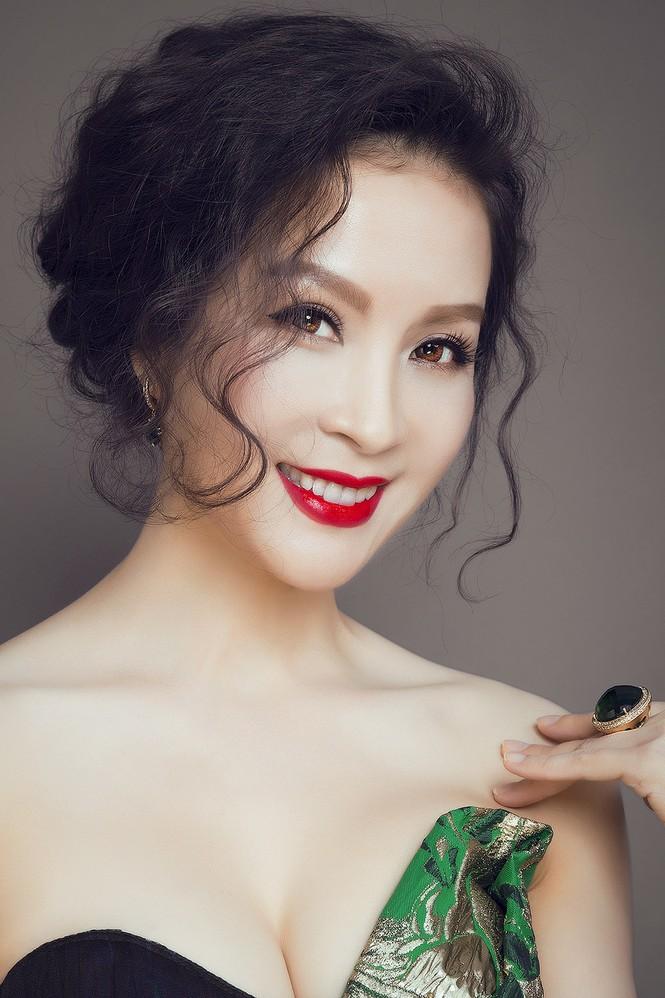 'Đứng hình' ngắm MC Thanh Mai trong bộ ảnh mới - ảnh 7