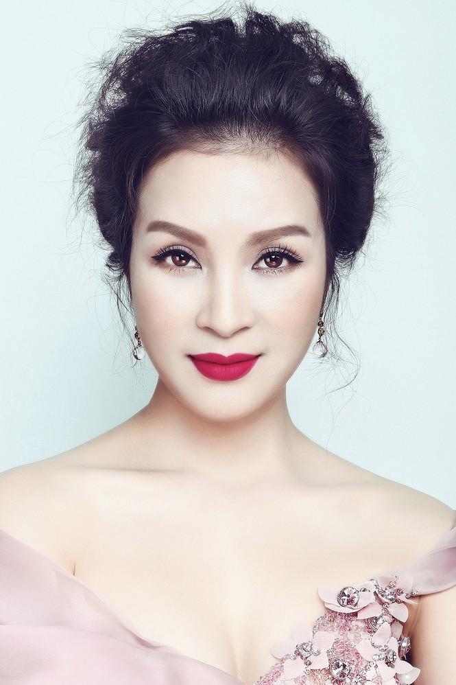 'Đứng hình' ngắm MC Thanh Mai trong bộ ảnh mới - ảnh 1