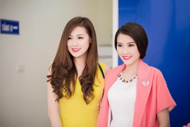 Á hậu Tú Anh, người đẹp Thanh Tú thân thiết như chị em - ảnh 10
