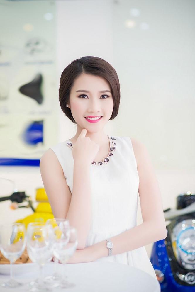 Á hậu Tú Anh, người đẹp Thanh Tú thân thiết như chị em - ảnh 2