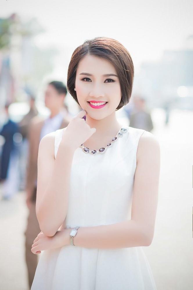 Á hậu Tú Anh, người đẹp Thanh Tú thân thiết như chị em - ảnh 3