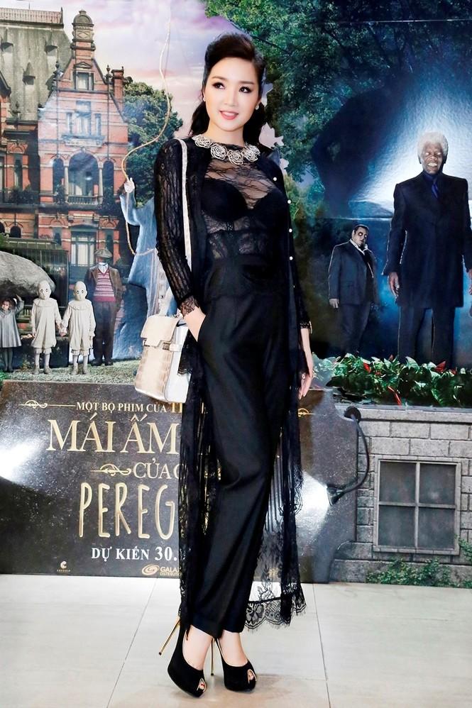 Giáng My mặc xuyên thấu quyến rũ dự Liên hoan phim Thái Lan - ảnh 2