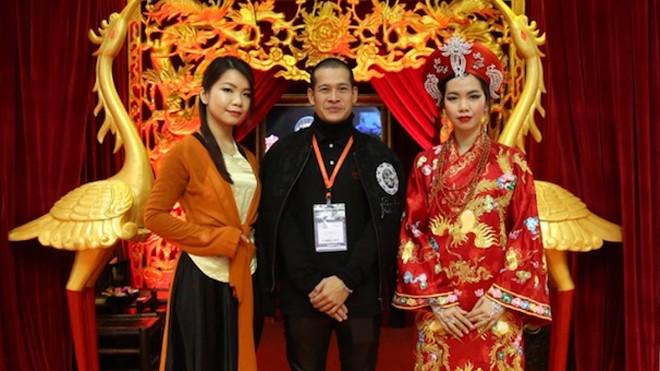 Đạo diễn Việt Tú đưa vở hầu đồng 'Tứ Phủ' sang Anh - ảnh 2
