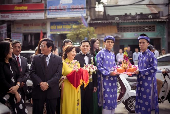 Dàn siêu xe hoành tráng trong lễ rước dâu của Hoa hậu Thu Ngân - ảnh 1
