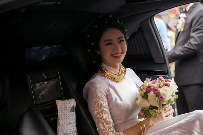Dàn siêu xe hoành tráng trong lễ rước dâu của Hoa hậu Thu Ngân - ảnh 7