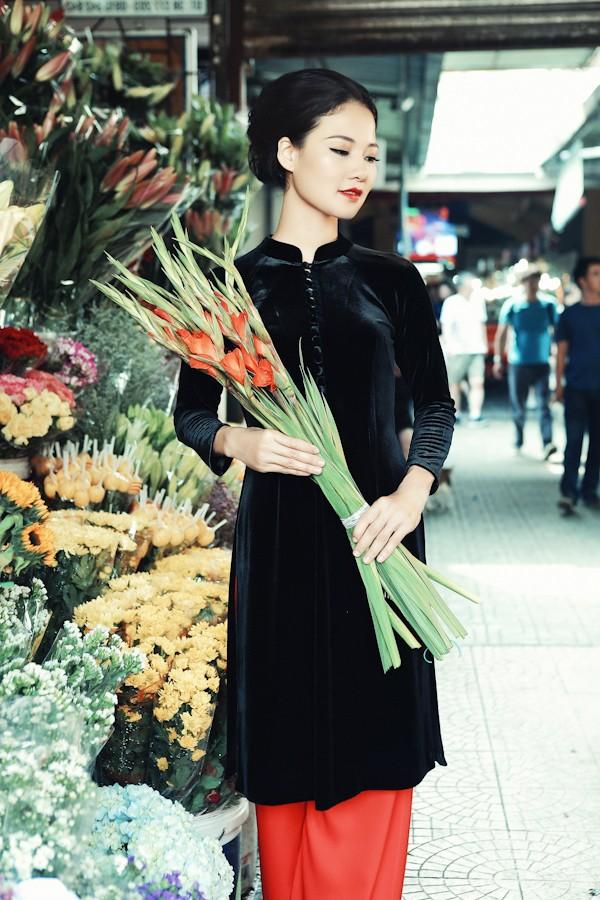 Trần Thị Quỳnh hoá thiếu nữ Sài Gòn xưa với áo dài - ảnh 8