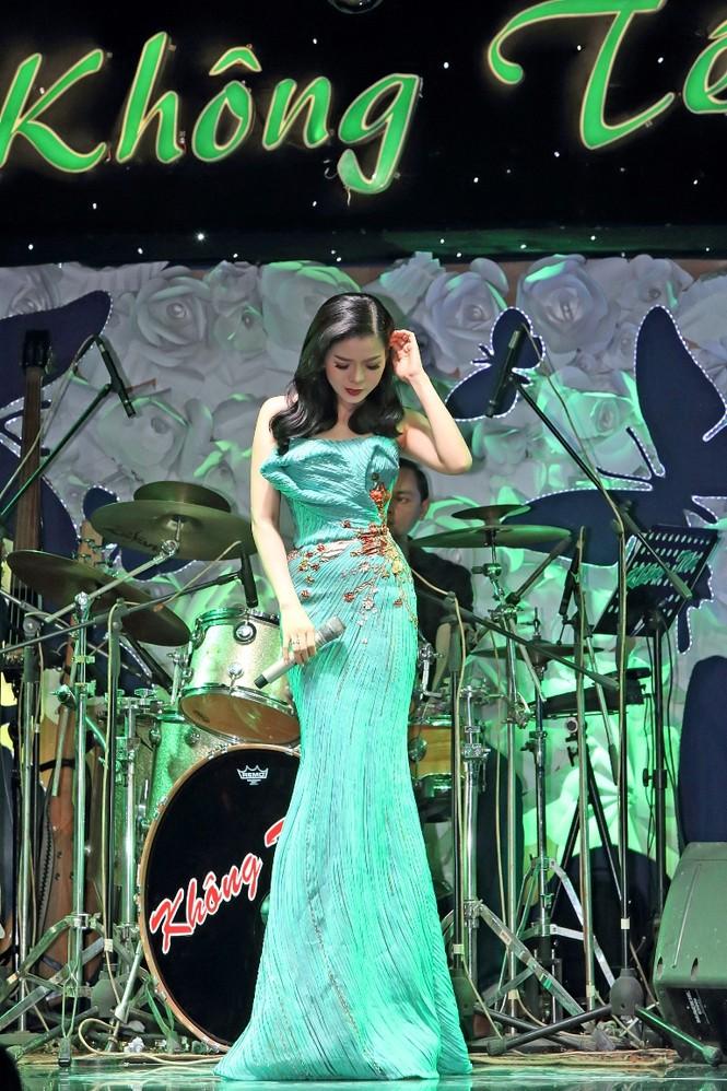 Lệ Quyên: 'Phải hát 5, 6 đêm mới mua được một bộ đầm Hoàng Hải' - ảnh 8