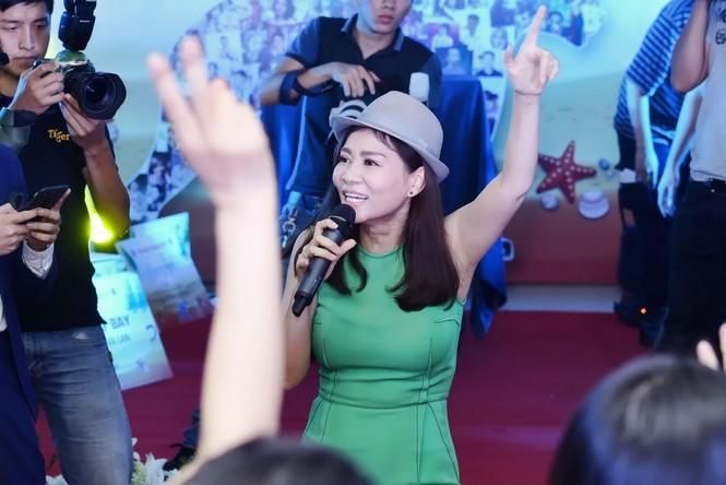 Xuân Bắc, MC Phan Anh hào hứng múa phụ hoạ cho Thu Minh - ảnh 6