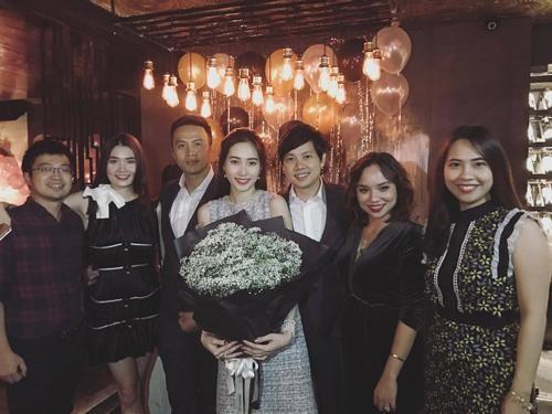 Chuyện tình yêu từ ngày mới quen đến trước lễ cưới của Hoa hậu Thu Thảo - ảnh 12