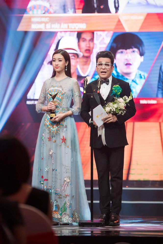 Hoa hậu Mỹ Linh lộng lẫy khoe sắc bên dàn sao VTV - ảnh 5