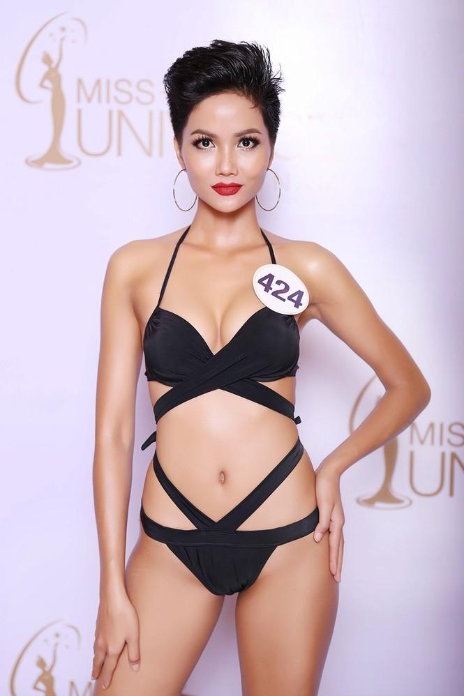 Hoàng Thuỳ, Mâu Thuỷ mặc bikini 'lấn át' dàn thí sinh tại sơ khảo HHHV - ảnh 7