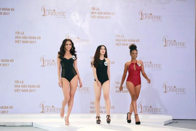 Hoàng Thuỳ, Mâu Thuỷ mặc bikini 'lấn át' dàn thí sinh tại sơ khảo HHHV - ảnh 2