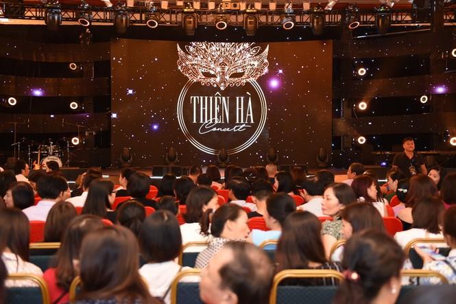 Xuân Bắc, Tự Long tung hứng trong lễ tri ân khách hàng của Thiên Hà Spa - ảnh 6